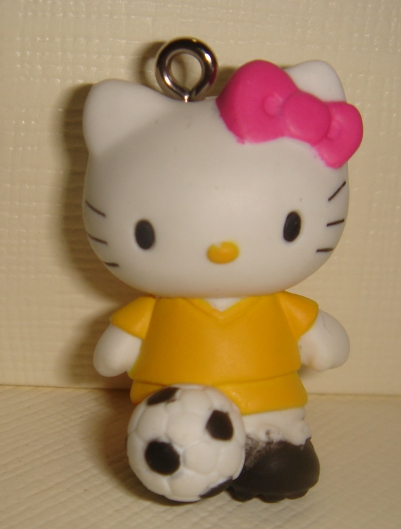 foto - HELLO KITTY  CALCIO