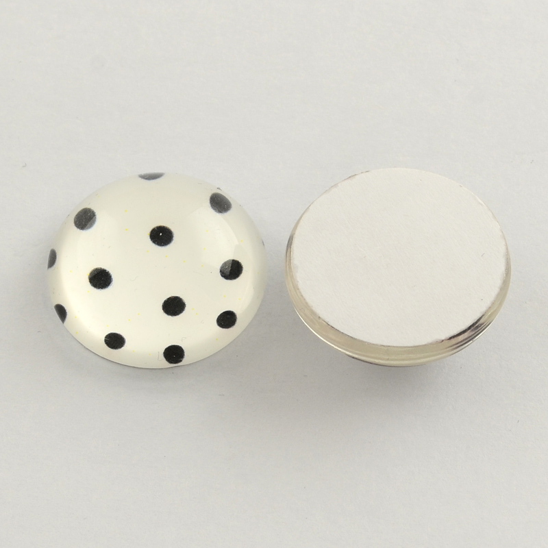 cabochon bianco a pois neri