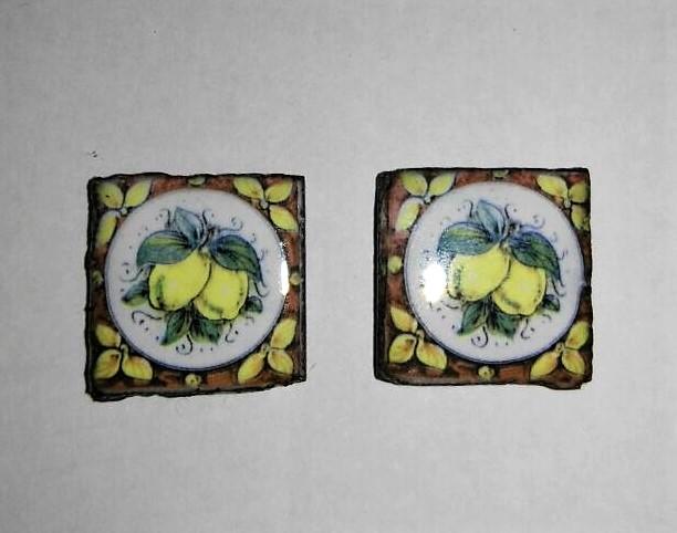 Piastrella in pietra lavica con limoni creazioni fantasia